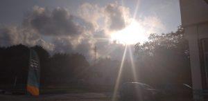 Z кемп, ден 19 - базата - слънцето е изгряло над облаците