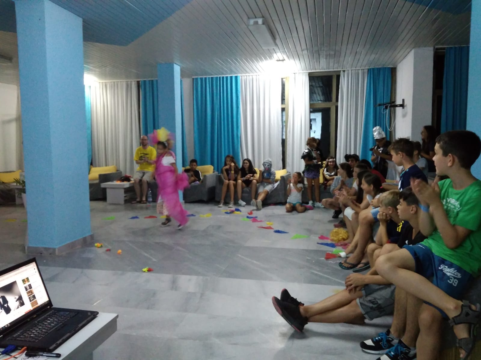 Z camp, Day 18 - fashion show - girl fairy, in pink, defiles in front of everyone