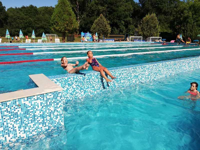 1-z-camp-2019-седмица4-ден5-в-басейна
