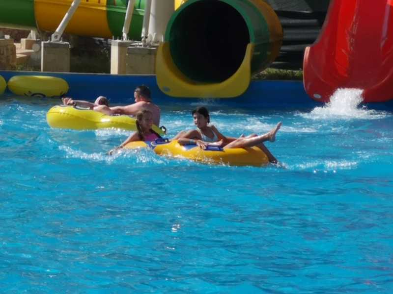 10-z-camp-2019-week1-day3-aquapark-neptune