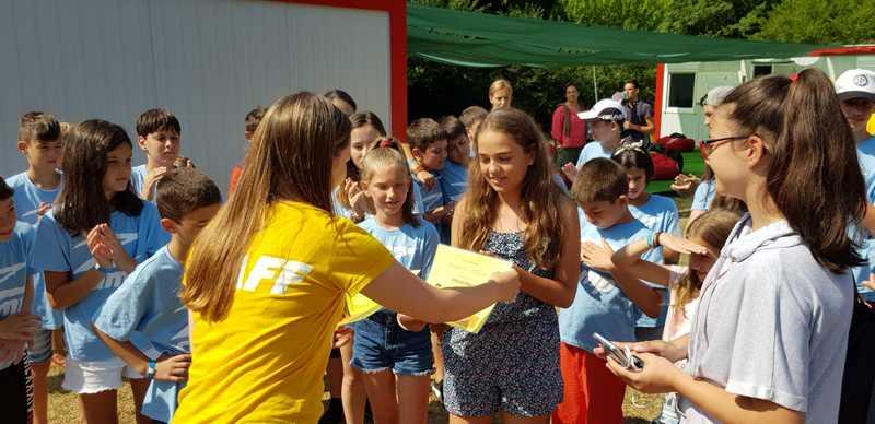 10-z-camp-2019-седмица1-ден6-сбогуване-с децата