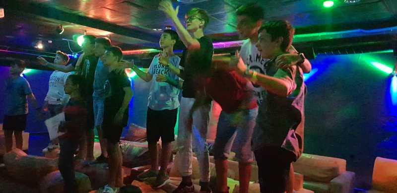 11-z-camp-2019-седмица3-ден5-караоке-вечер