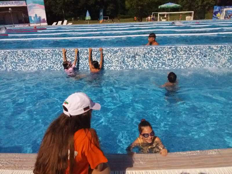 12-z-camp-2019-week1-day3-aquapark-neptune