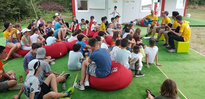 18-z-camp-2019-week1-day2-music-workshop