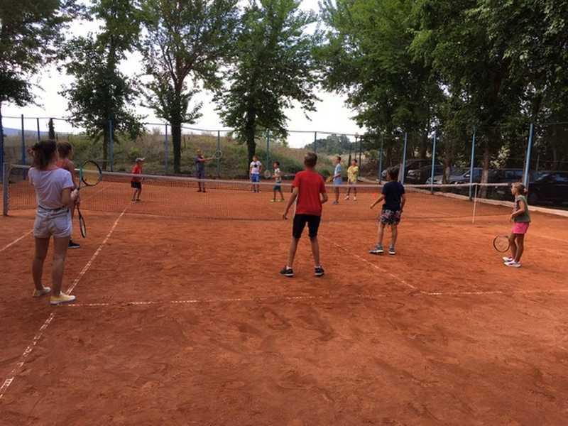 2-z-camp-2019-седмица2-ден1-тенис