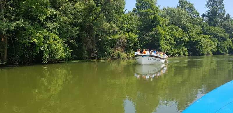 3-z-camp-2019-седмица2-ден5-разходка-с-лодка-по-река-велека