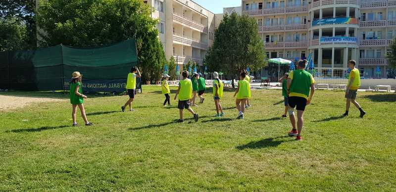9-z-camp-2019-week1-day2-outdoor-games