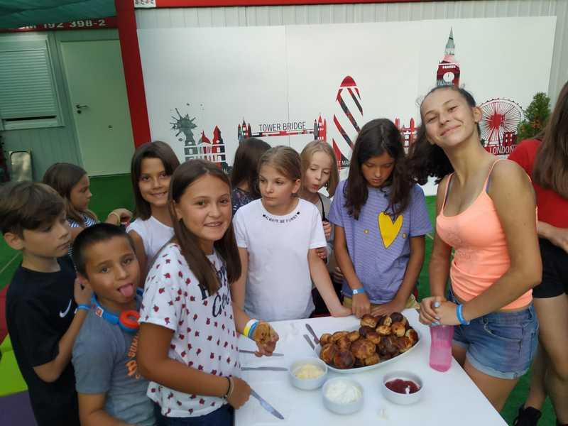 9-z-camp-2019-седмица3-ден2-закуска
