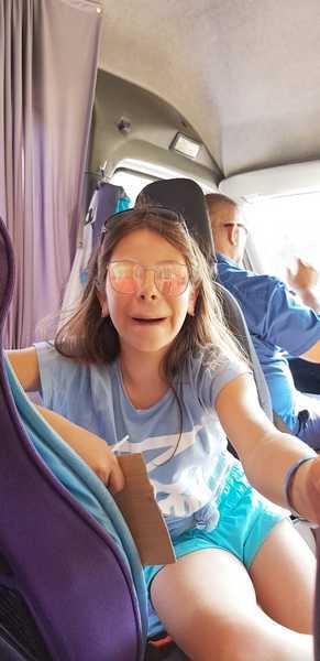 9-z-camp-2019-седмица4-ден5-деца-напускат-лагера