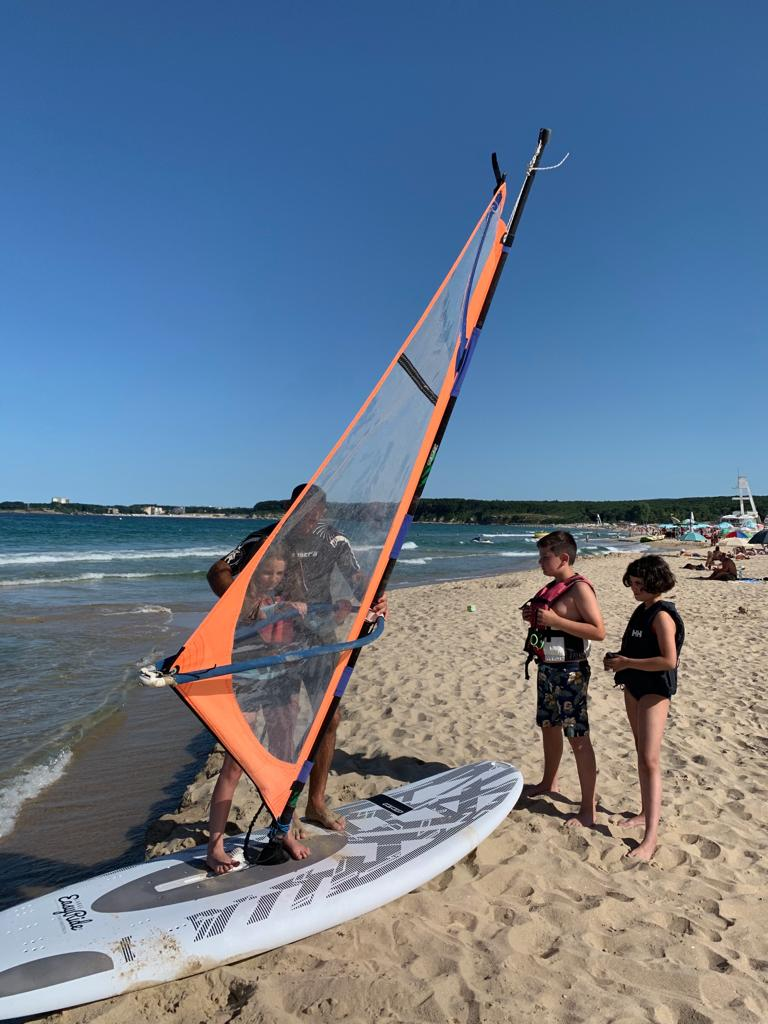 z-camp-2019-week1-day2-at-the-beach-2