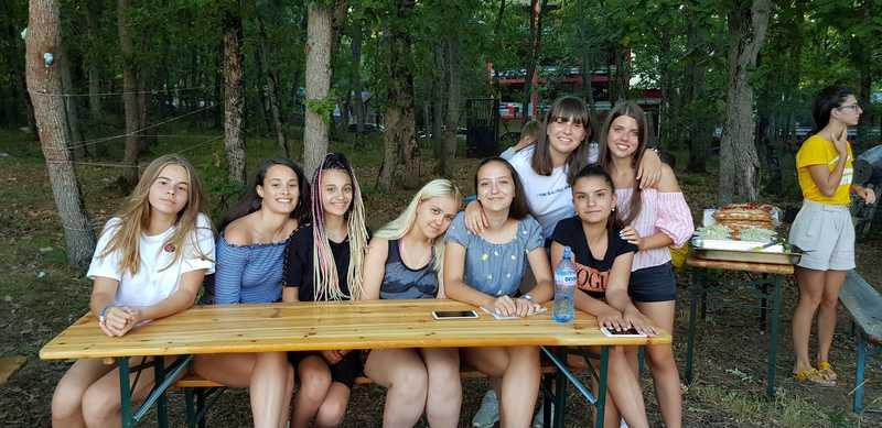 11-z-camp-2019-седмица6-ден3-барбекю