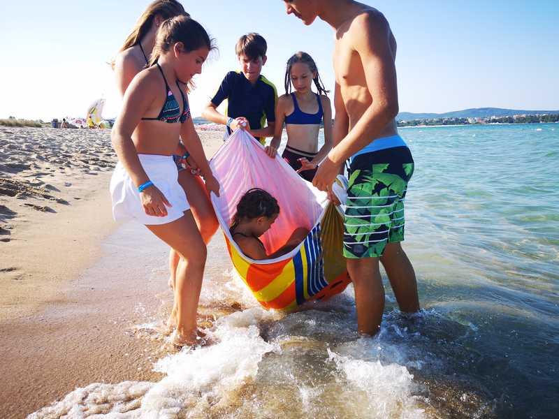 5-z-camp-2019-week6-day2-beach-time