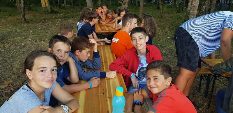 7-z-camp-2019-седмица6-ден3-барбекю